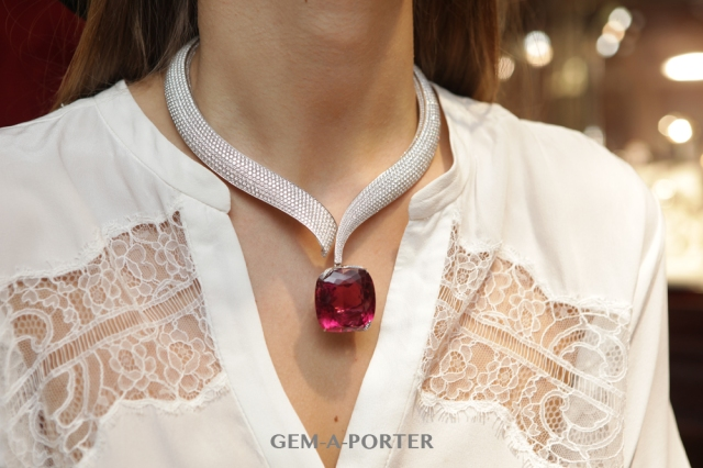 Chopard necklace from the Haute Joaillerie collection featuring an undulated row of pave-set diamonds suspending a cushion shaped rubellite weighing 111.53 CT – POA